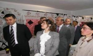 Kuzuluk Köyünde Biçki-Dikiş kursuna katılanlar ser